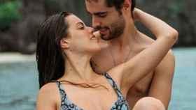 David junto a su novia Shaila en Tailandia.
