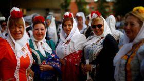 Mujeres en las fiestas de la Paloma del año pasado.
