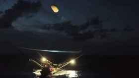 Mira cómo SpaceX consigue atrapar partes de un cohete con una red