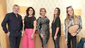 Francisco, Rosa López, Raquel Mosquera, Laura Matamoros y Aless Gibaja.