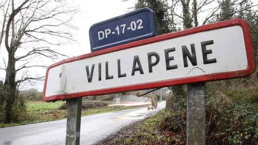 El cartel de entrada al municipio de Villapene.