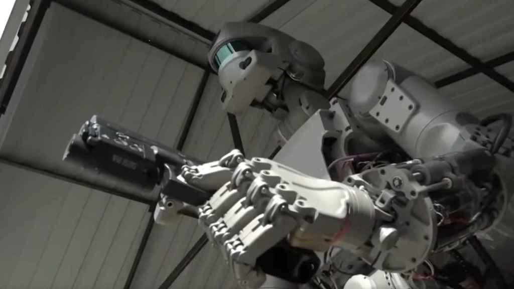 Fedor, un robot humanoide semi-autónomo que Rusia presentó hace dos años.