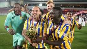 Sneijder celebra un título con su último club