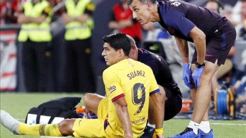 Luis Suárez se lesiona