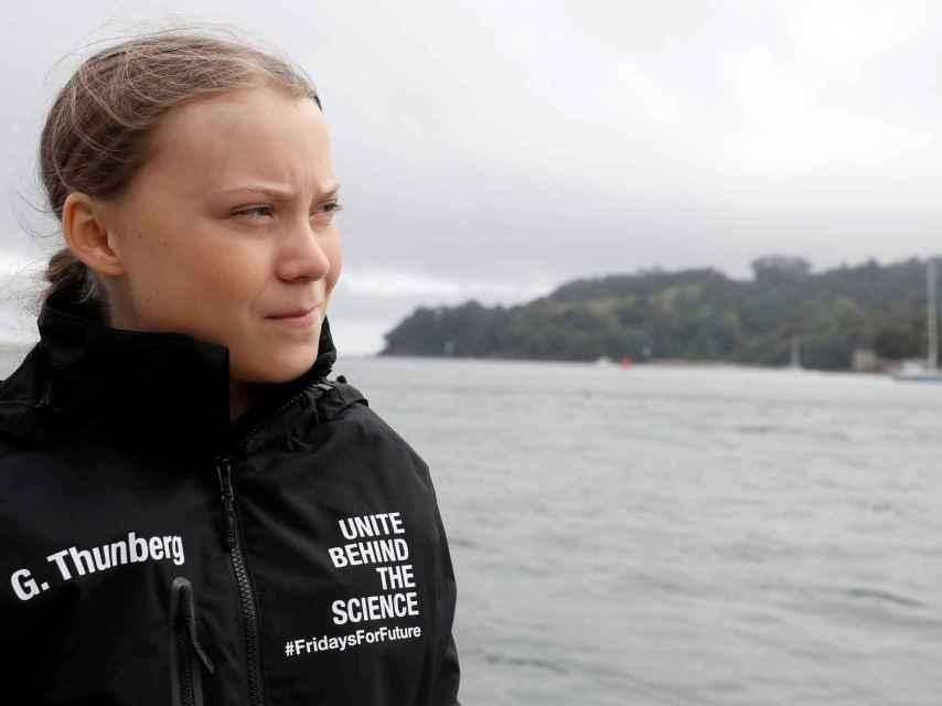 Greta Thunberg antes de subirse al barco que la llevará a la cumbre climática de la ONU.