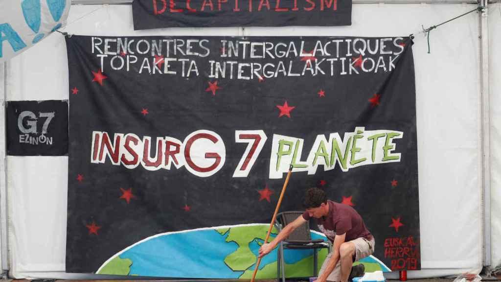 Un mural de la contracumbre del G7.