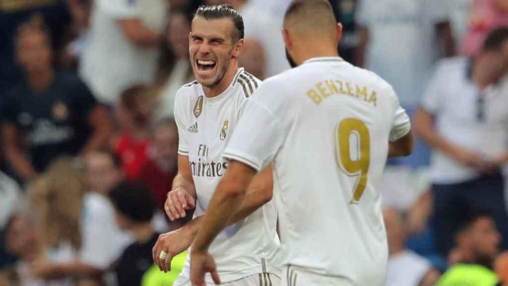 Karim Benzema celebra su con Bale en el Real Madrid - Valladolid