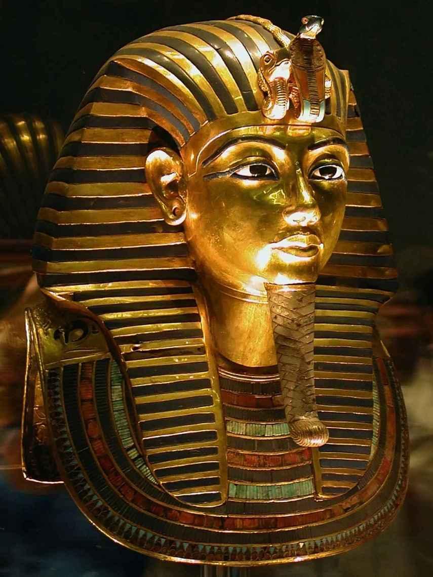 Hombres y mujeres se maquillaban en el antiguo Egipto.