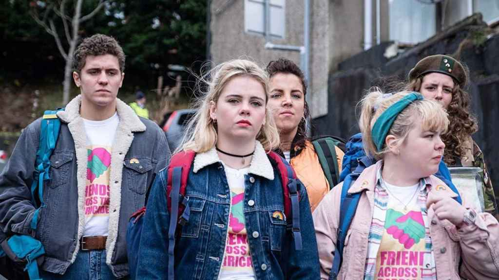 Fotograma de Derry Girls.