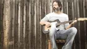Muere el guitarrista y productor Neal Casal a los 50 años.