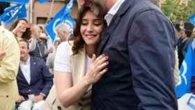 Isabel Díaz Ayuso y Pedro García Aguado durante un acto de campaña del PP.