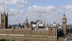 Más de un millón de británicos firman una petición contra el cierre del parlamento