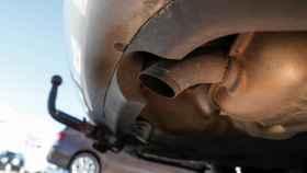 El tubo de escape, seña de identidad de los coches de combustión.