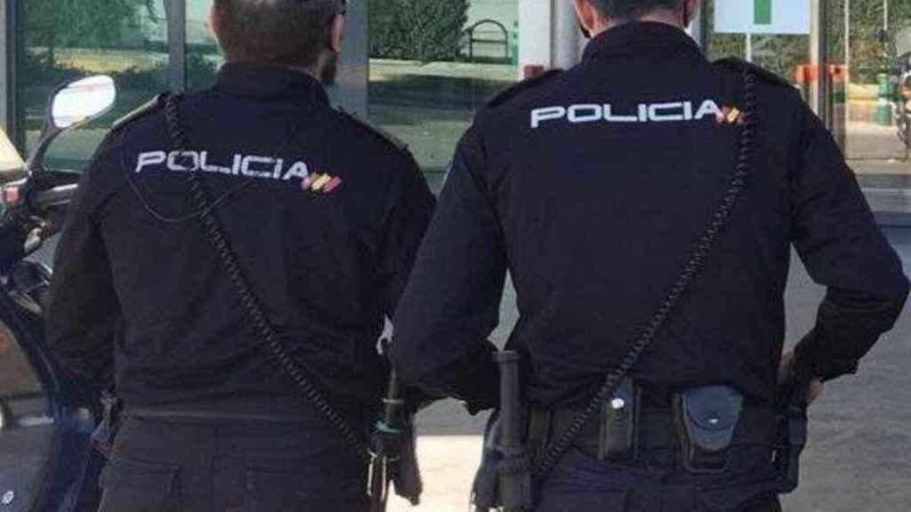 Dos hombres han sido detenidos por la Policía de Vélez-Málaga.
