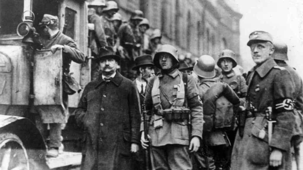 Un grupo de nazis que participó en el putsch de 1923.