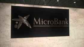 El logo de MicroBank.
