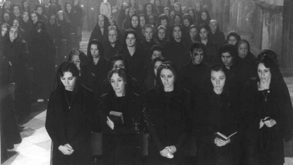 La casa de Bernarda Alba, una película de Mario Camus. Fotograma.