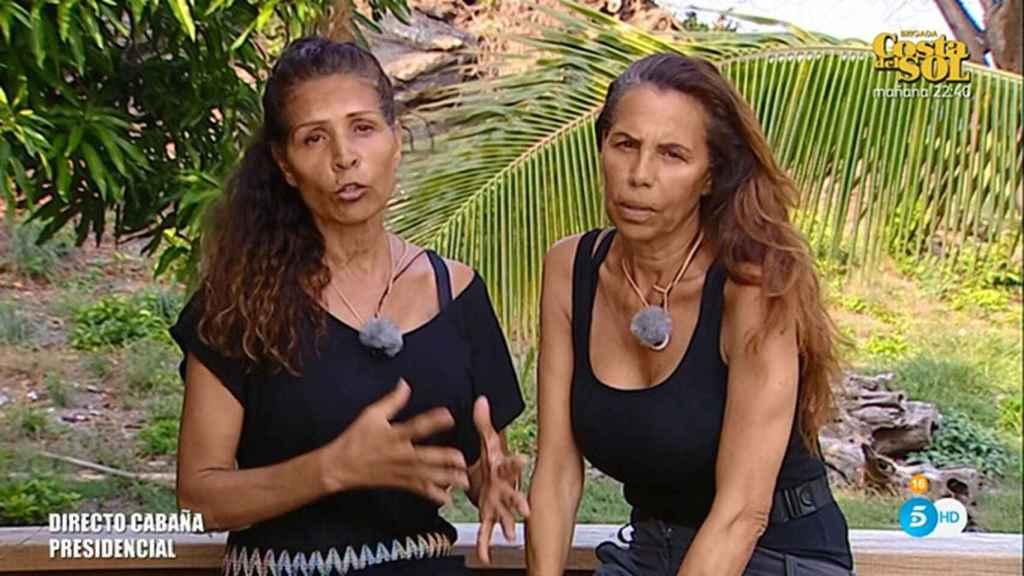 Las Azúcar Moreno explicando su salida de la isla.