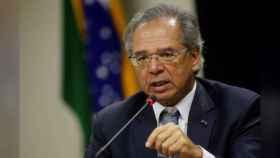 El ministro brasileño de Economía se disculpa por llamar realmente fea a la esposa de Macron