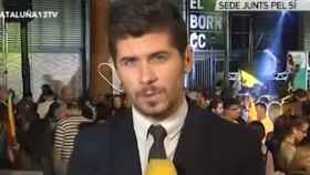 Mateo Santos, reportero agredido de 13tv en la celebración de Junts Pel Sí