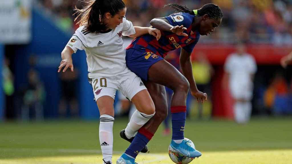 Ainoa Campos, durante el partido entre el Tacón y el Barcelona