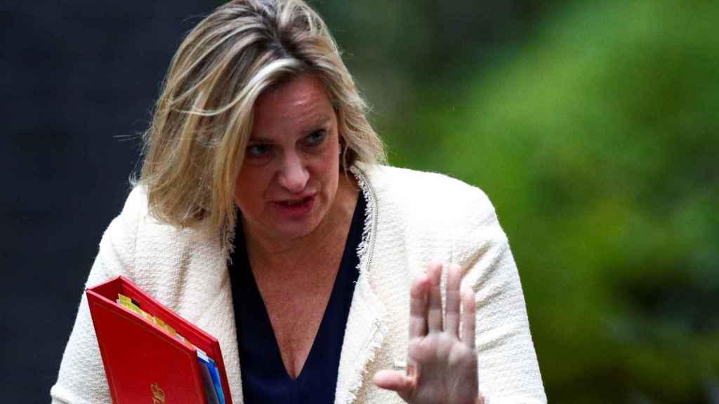 Amber Rudd, ministra de Trabajo y Pensiones británica.