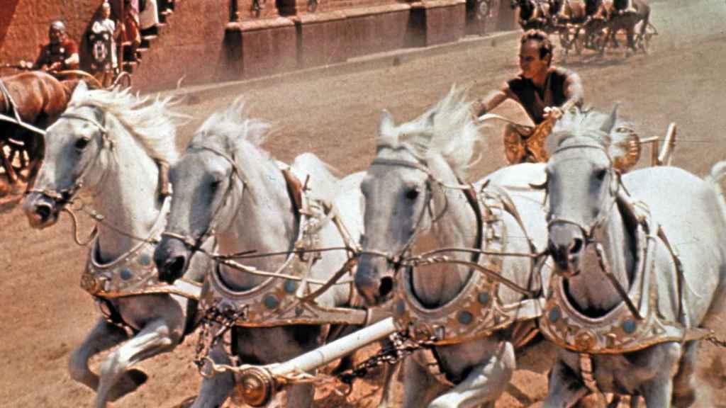 Fotograma de la carrera de carros de la película 'Ben-Hur'.