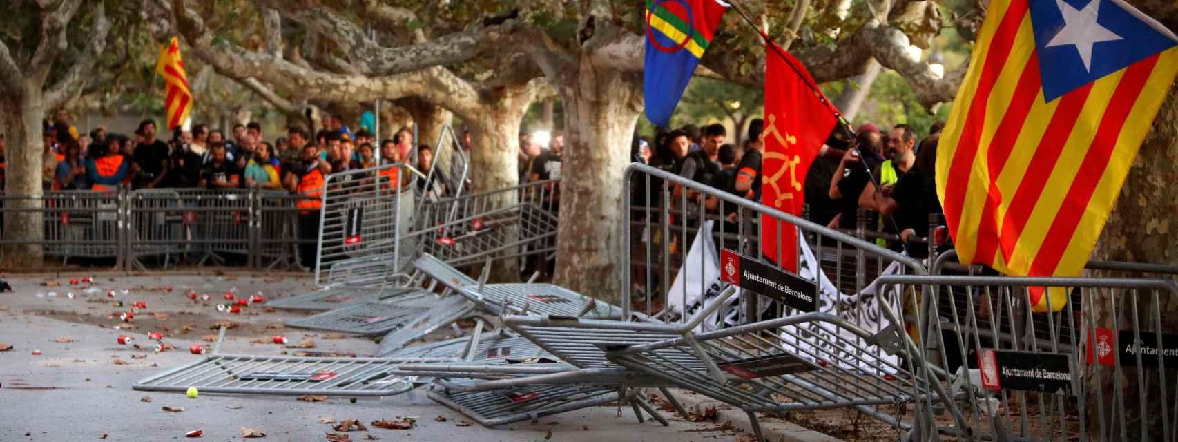 Disturbios tras la manifestación de la Diada frente al Parlament.