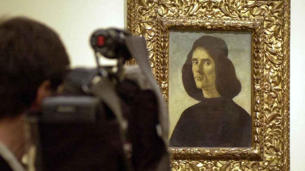 'Retrato de Michele Marullo Tarcaniota', de Botticelli, en el Museo del Prado en 2004.