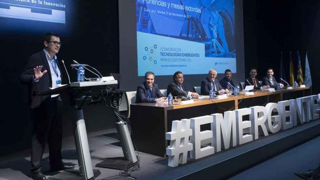 Pablo Oliete durante su intervención en la última edición del Foro Emergentes.