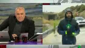 Fotograma del programa 'Al rojo vivo' mientras retransmitían las inundaciones en Murcia.