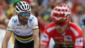 Alejandro Valverde, junto a Primoz Roglic en La Vuelta