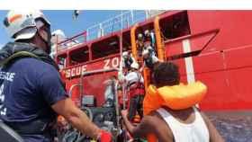 Desembarco de 82 personas