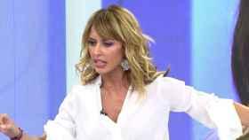La presentadora Emma García ha mandado un mensaje feminista tras el comentario machista de un colaborador.