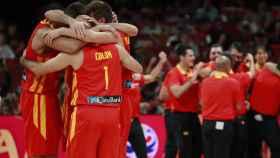 La selección española de baloncesto tras ganar en la final del Mundial a Argentina