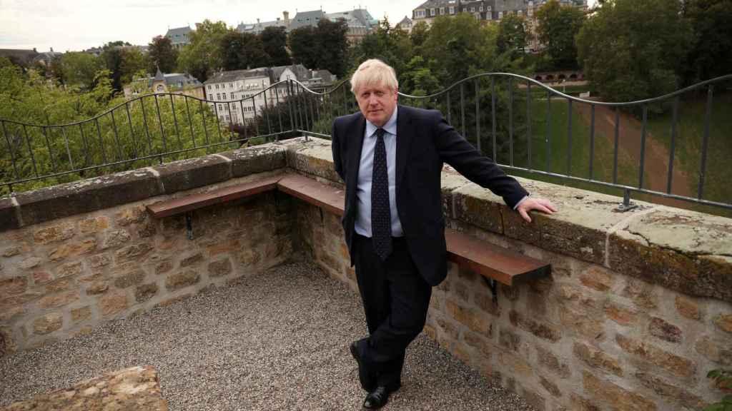 Boris Johnson ha hecho declaraciones en solitario tras saltarse la rueda de prensa con Bettel