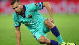 Jordi Alba se lesiona el bíceps femoral