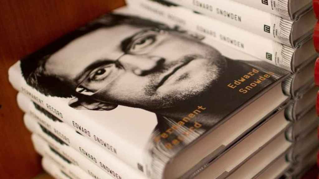 Copias del libro de Snowden en la Harvard Book Store de Cambridge (EEUU).