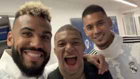 Areola, junto a Choupo-Moting y Mbappé. Foto: Instagram (@mr.choupo)