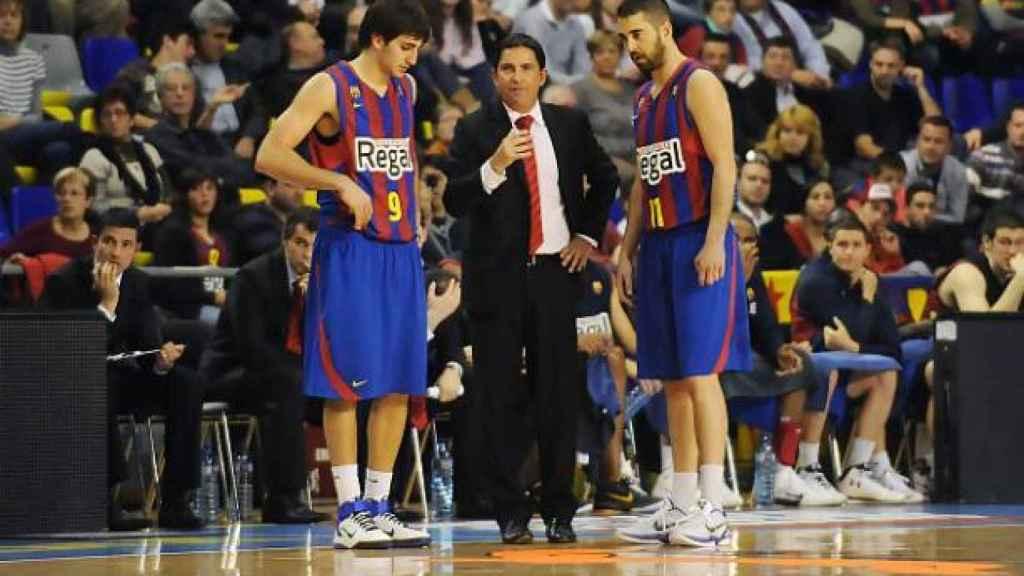 Ricky Rubio, ya vestido de azulgrana, sustituye a Juan Carlos Navarro.