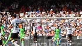 El Valencia pincha ante el Leganés con un Mestalla que explota contra Peter Lim. Foto: Twitter (@CDLeganes)
