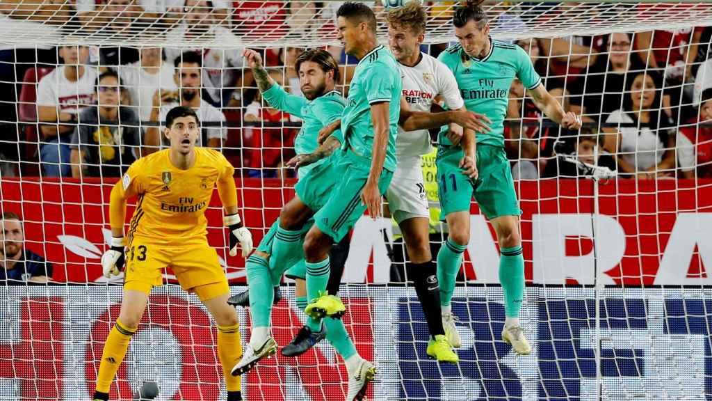Ramos, Varane y Bale con el Real Madrid.