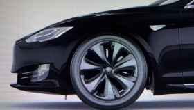 Las nuevas llantas aerodinámicas de Tesla mejoran aún más la autonomía