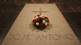 La tumba de José Antonio Primo de Rivera en el Valle de los Caídos.