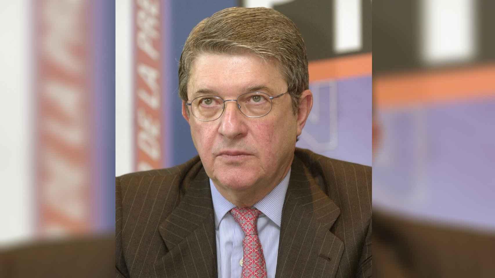 Imagen de archivo del 17/04/2002 del periodista Alfonso Salas, fundador de los periódicos El Economista y El Mundo.