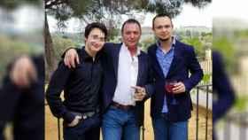 El dueño de la empresa y su hijo, que figura como administrador, a la derecha, son dos de los detenidos.