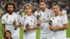 Marcelo, Modric, Sergio Ramos y Hazard ofrecen sus premios del XI FIFPro a la afición