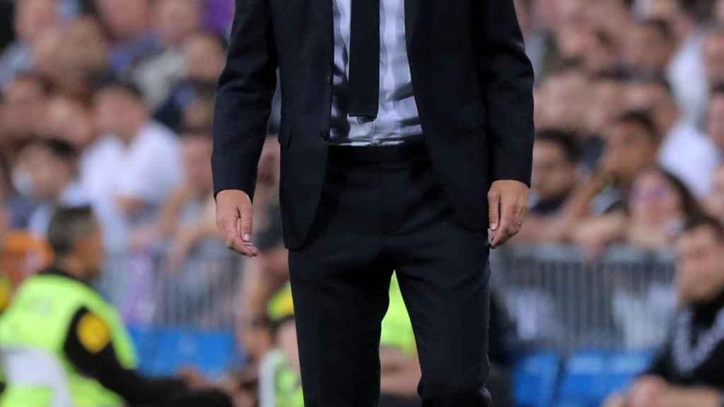Zinedine Zidane, en la banda del Santiago Bernabéu