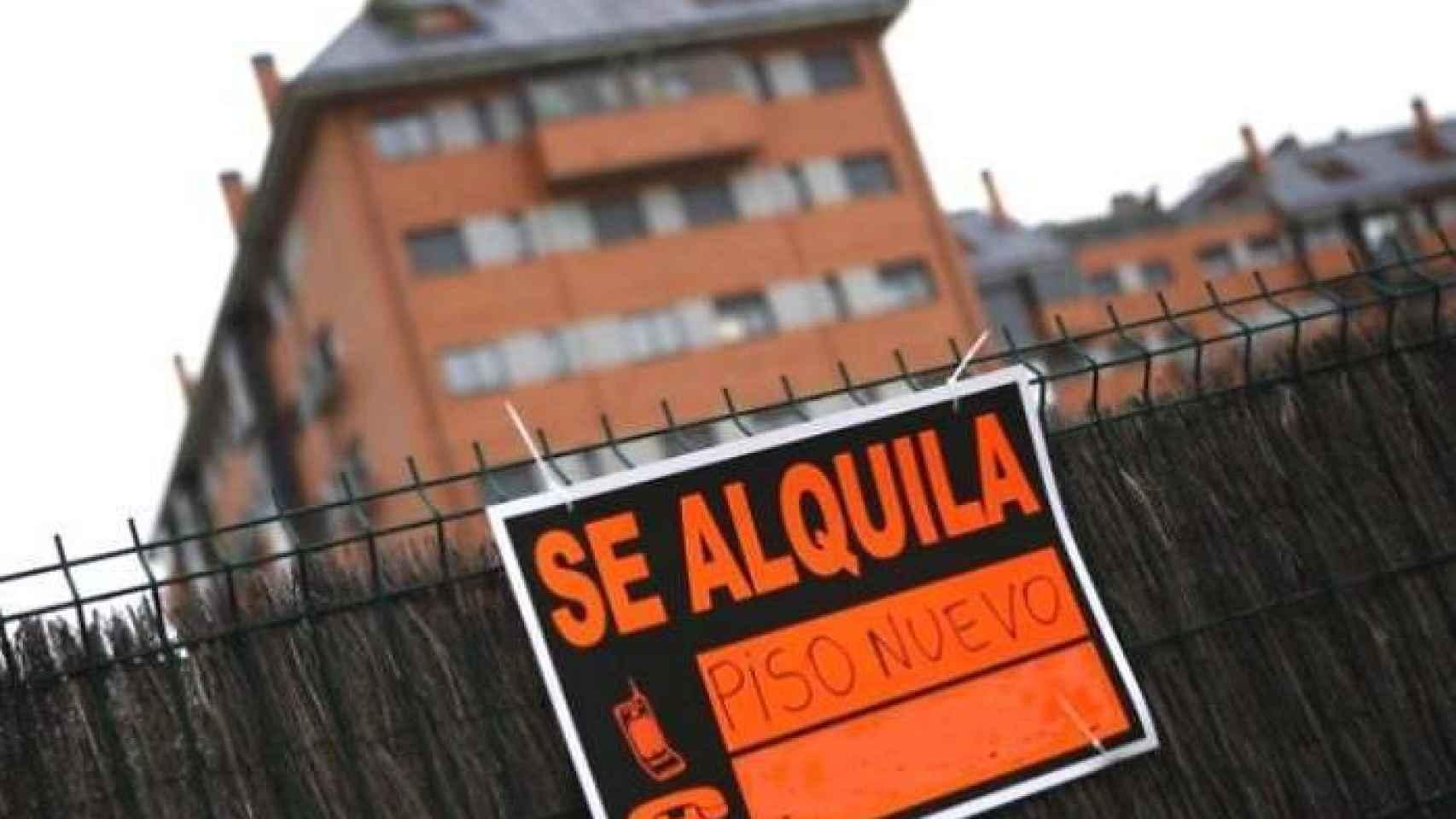 Cartel de 'Se Alquila' en una imagen de archivo.