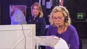 Carmen Borrego durante la tarde en que simuló ser directora de 'Sálvame'.